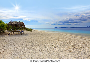 Klein Bonaire - Sandy beach on Klein little Bonaire,...