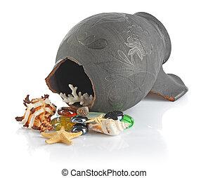 Broken amphora with seashells - Broken black amphora with...