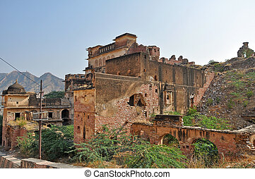 Abandoned houses in Jaipur - Hills and abandoned houses in...
