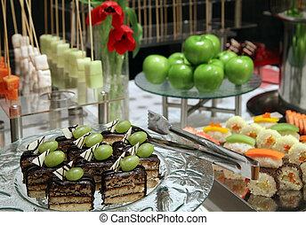 buffet dessert at dinner