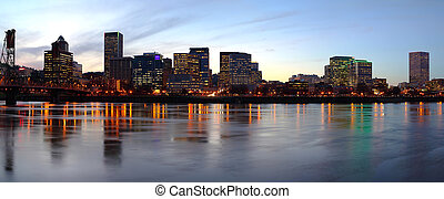 Portland Oregon panorama at dusk - Portland Oregon panoramic...