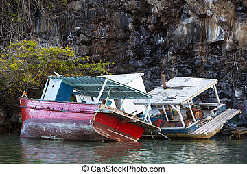 Shipwrecks On The Rocks