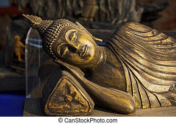 Sleeping budha wooden