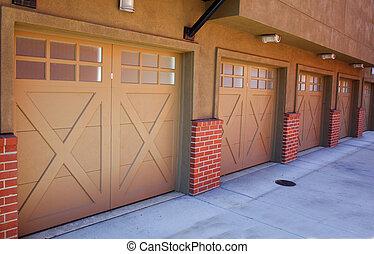 5, Marrom, garagens