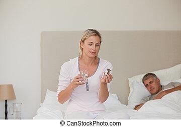 hogar, toma, mujer, píldoras
