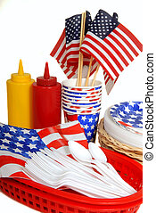 Table setting for a 4th of July picnic - Patriotic table...