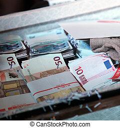 dinero, Lleno, maleta