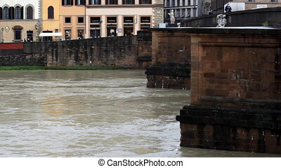 bridge and water - winter Florence