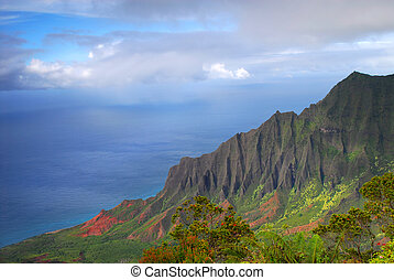 Napali coast, Kauai, Hawaii - Dramatic view of the Napali...