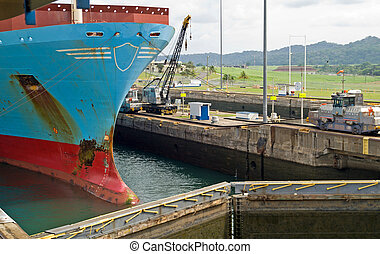 Container Ship in Panama Canal - Gatun Locks - Container...