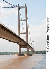 Humber Bridge - Photo of the Humber Bridge in summer
