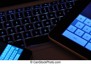 keyboards blue - Various apple keyboards, iphone, ipad,...