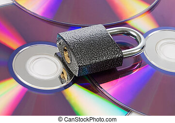 cd a disk and the lock