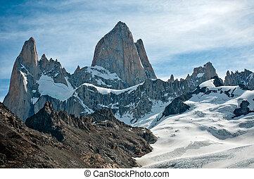 Fitz Roy mountain and Laguna de los Tres, Patagonia,...