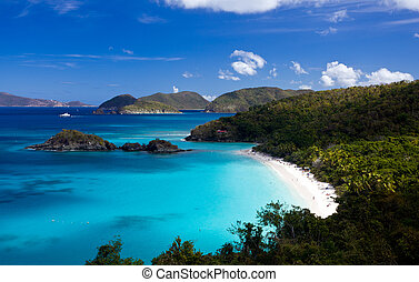 Trunk Bay on St John - Trunk Bay on the Caribbean island of...