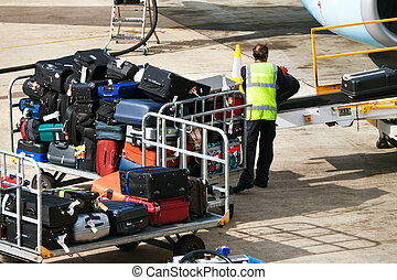 Case Luggage when loaded - Many suitcases Luggage when...