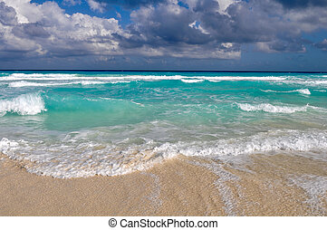Beautiful Cancun Beach - Beautiful Beach Ocean in Cancun,...