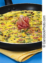 Prosciutto frittata in a pan - Frittata with potato, basil...