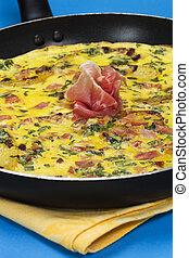 Prosciutto frittata in a pan - Frittata with potato, basil...