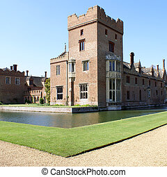 Medieval English country house