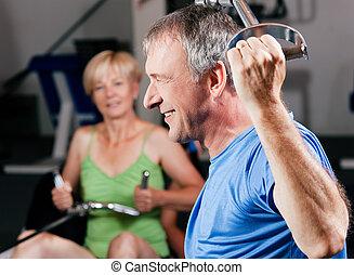 Sênior, par, exercitar, ginásio