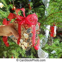 rich gift wrapping