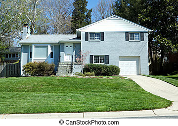 Split Level Single Family House, Suburban Maryland, USA -...
