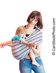Young women and 2 years son - tutorial how to put on sling -...