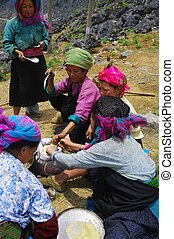 White Hmong womens group at the lu - Hmong womens group...