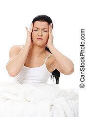 Headache in bed