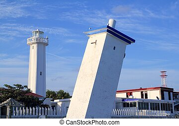 Puerto Morelos new and old inclined lighthouses