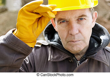 Wise construction - real experienced builder with yellow...