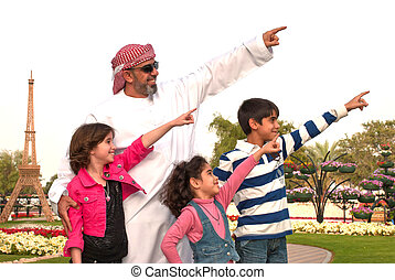 Arab Family - Arab family outdoor