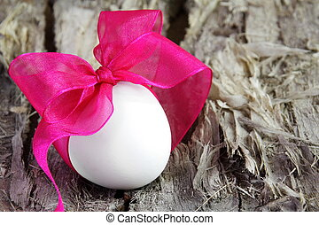 Single Easter Egg with Purple Bow