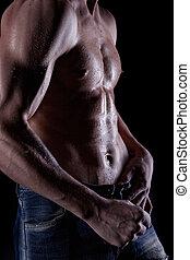Posar, muscular, desnudo, hombre, cuerpo, agua, gotas, negro