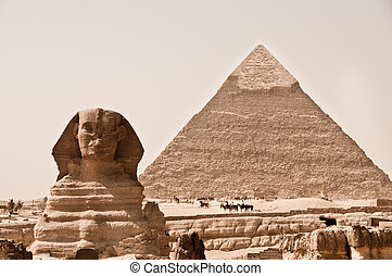 Sphinx and Pyramid of Khafra, Giza, Egypt