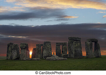 Moody Stonehenge - The famous stones in Wiltshire...