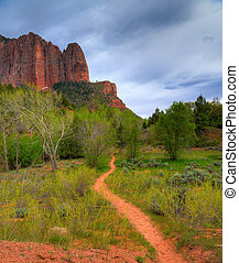 Hiking trail - A hiking trail in the Kolob Canyons -...