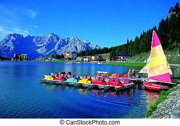 Misurina lake, Dolomites - Summer landscape of Misurina lake...