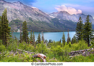 Saint Mary lake - Beautiful scene of Saint Mary lake in...