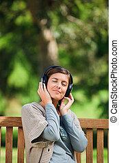 音樂, 婦女, 一些, 年輕, 听