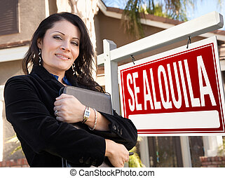 Female Hispanic Real Estate Agent, Se Alquila Sign and House
