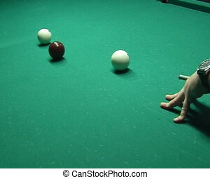 Russian Billiards - Billiards ball shoot to the pocket