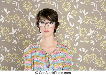 nerd retro woman 60s vintage glasses floral wallpaper