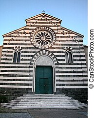 Church of St Andrea, Levanto - Front view of marble black...