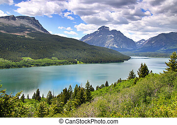 Saint Mary lake - Overcast skys on Saint Mary lake in...