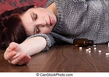Teenage girl suicide victim overdose on pills - Teenager...