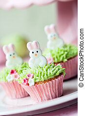 Easter cupcakes - Mini cupcakes decorated with easter...