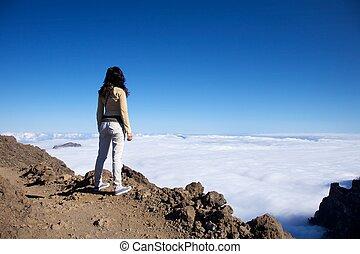 woman at the top of La Palma