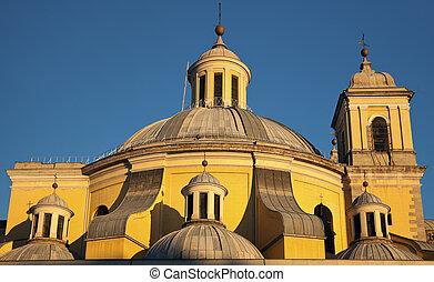 Real Basílica de San Francisco el Grande in Madrid, Spain.